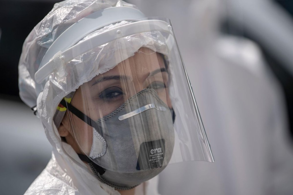 How Long Are You Contagious With Covid-19 Coronavirus? Here's A CDC Update