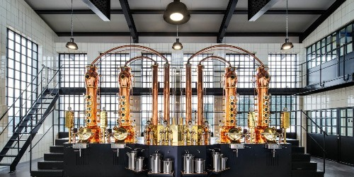 This German Distiller Is Leaning on His Tech Resume to Rethink Gin Production