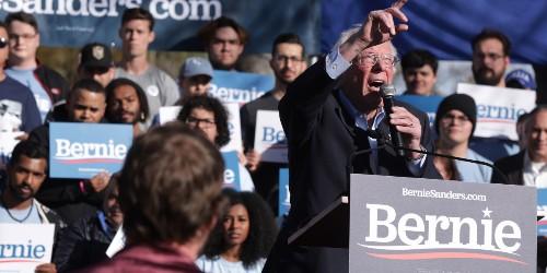 Sanders scores 32% of Democratic voters in new poll