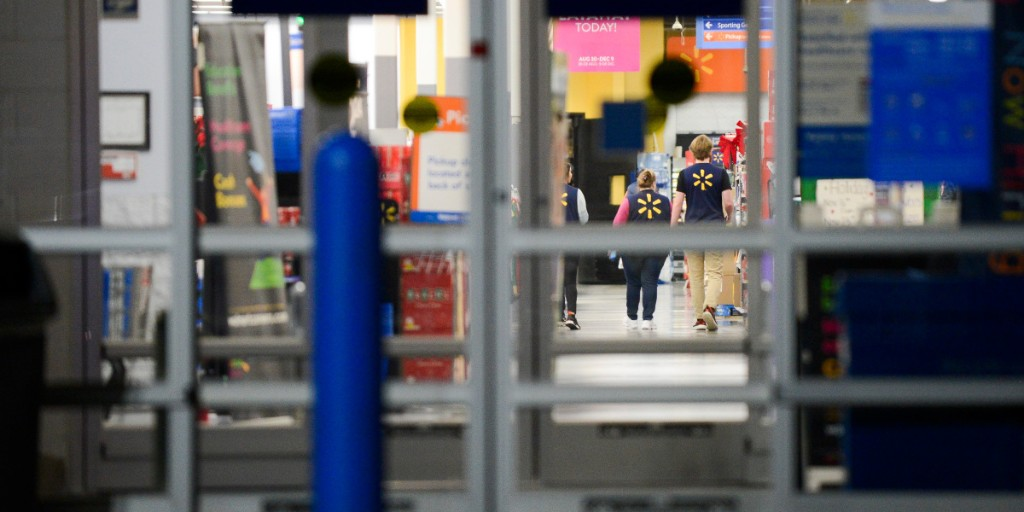 How Walmart plans to manage Black Friday crowds this year