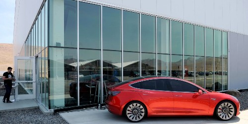 Tesla More Than Doubles Revenue, But Widens Losses