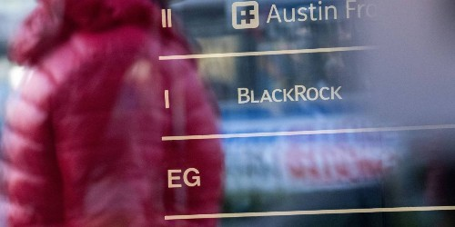 BlackRock, Capital Group, and Pimco Managers Warn of 2019 Risks