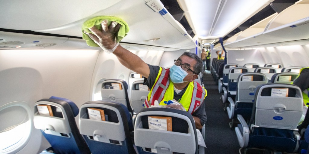 What I learned from 5 years of cleaning airplanes in the middle of the night