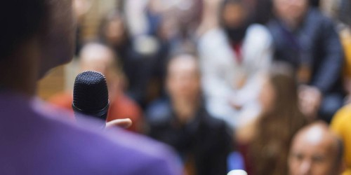 Giving a Speech? 6 Tips to Wow Your Audience