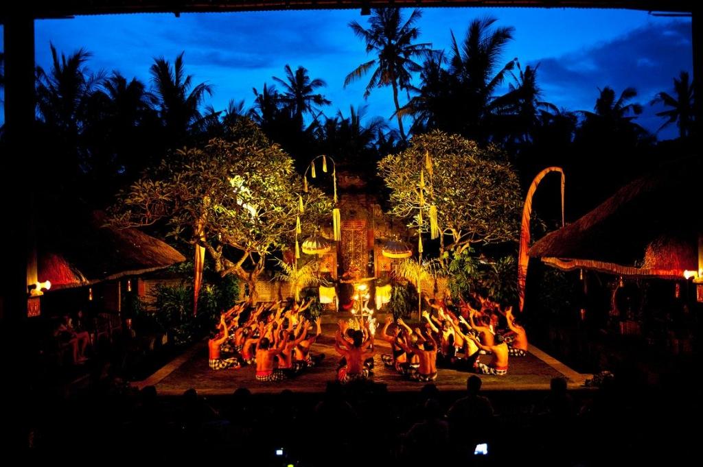 Balinese dance - Magazine cover
