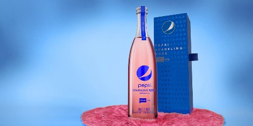 Pepsi Sparkling Rosé, Lisa Vanderpump stole the show at BravoCon with limited-edition bubbly