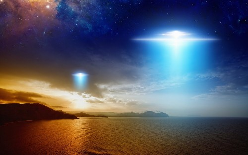 Navy pilots spotted UFOs flying at hypersonic speeds: report
