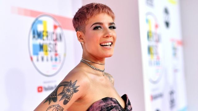 Halsey comes clean about 'clumsy' way she broke ankle in kitchen mishap
