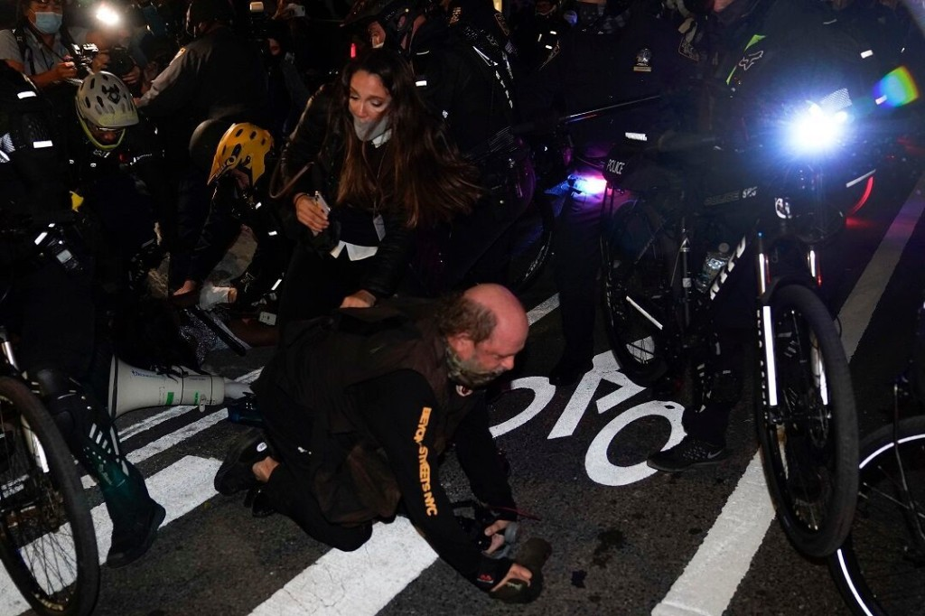 Suspect tried to strangle NYPD cop with a chain during NYC protests, police say