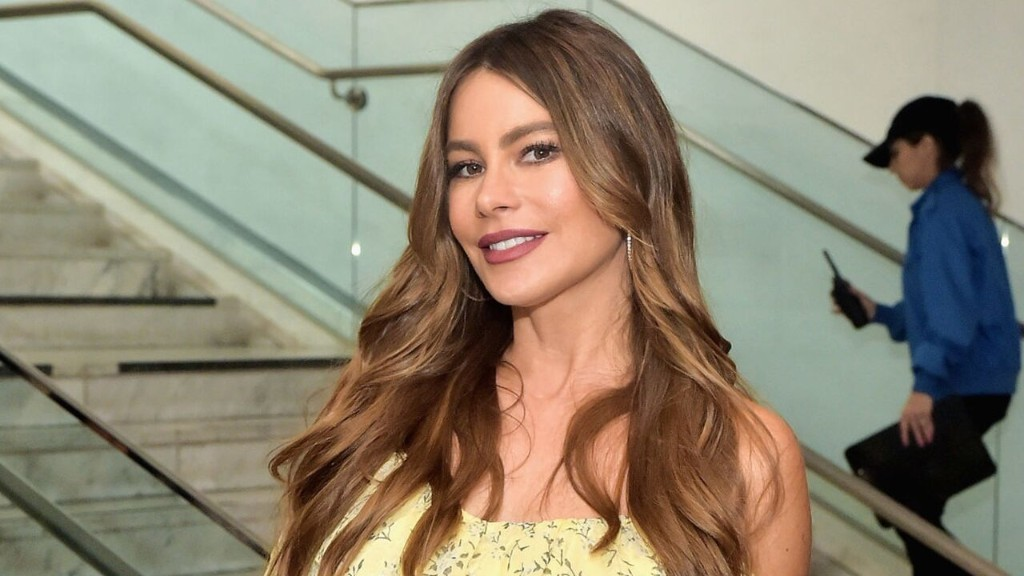 Sofia Vergara tears up on 'America's Got Talent' as she recalls her brother's 1998 murder