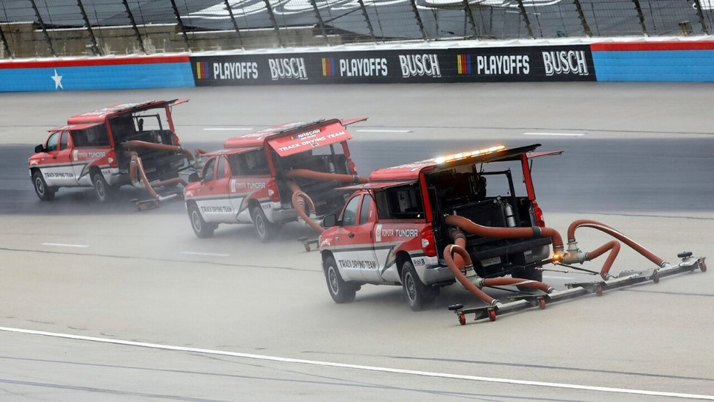Rain delays NASCAR Texas playoff race for third day. Here's when they'll try to restart