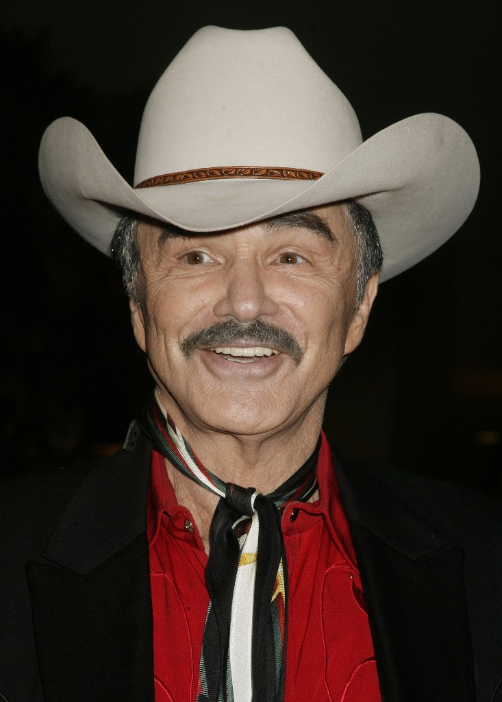 Burt Reynold's memoir scheduled for release next year