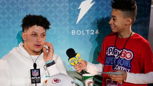 Super Bowl LIV: Patrick Mahomes has sweet interaction with young reporter at media event