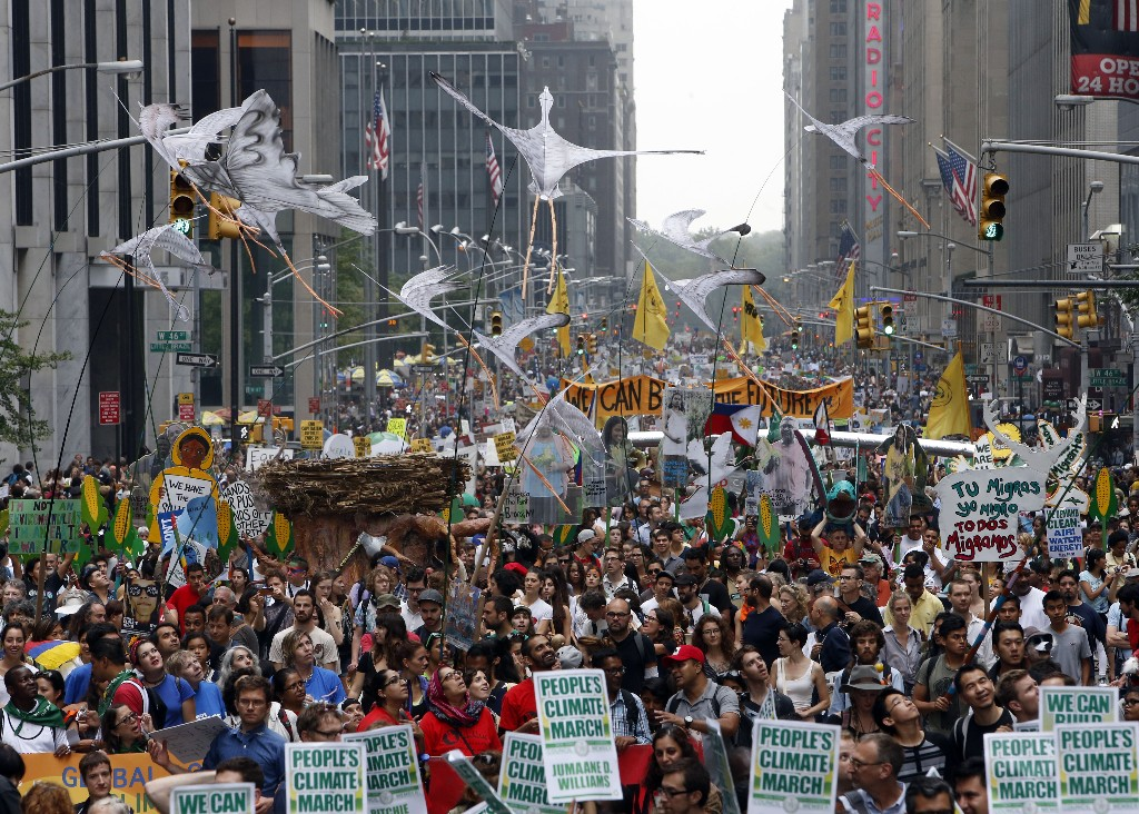 New York climate march attracts nearly 400,000 people