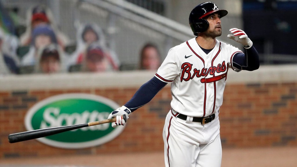 Nick Markakis returns to Braves in dramatic fashion weeks after choosing to opt out of 2020 season