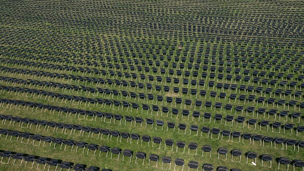 Thousands of empty chairs placed outside White House to represent US coronavirus deaths