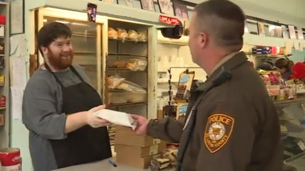 Missouri police officers' lunches paid for at deli by 'mystery man'