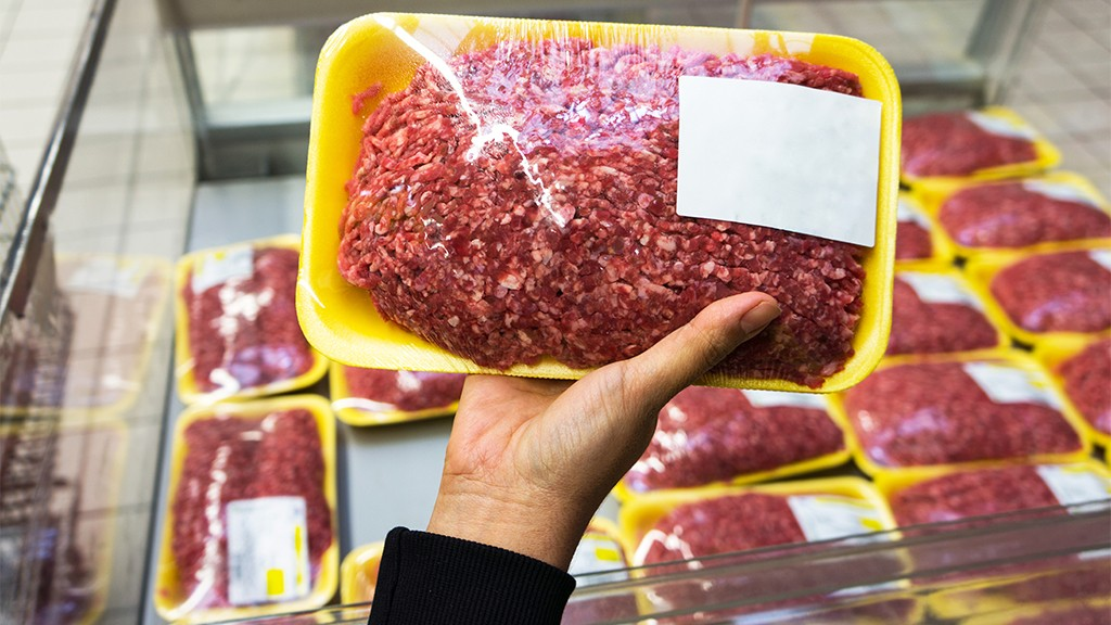 Ground beef recall affects 38K pounds of meat imported from Canada