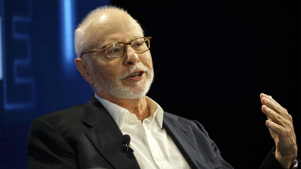 Billionaire Paul Singer to relocate massive NYC hedge fund to Florida: Report