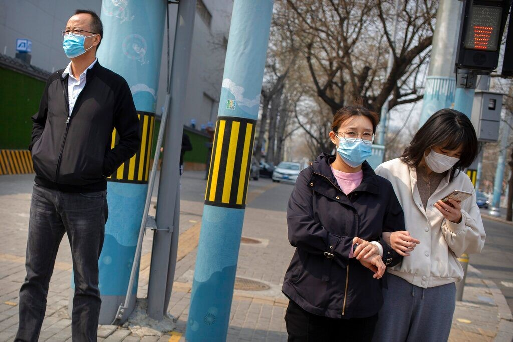 Chinese doctor who first raised the alarm over COVID-19 vanishes