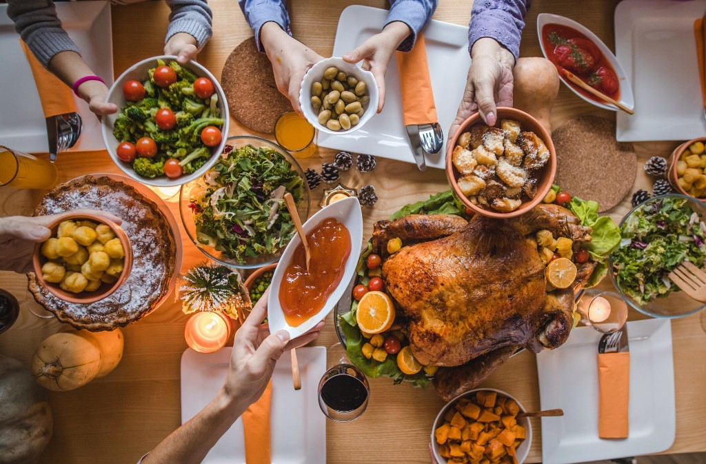 How to Celebrate Thanksgiving This Year