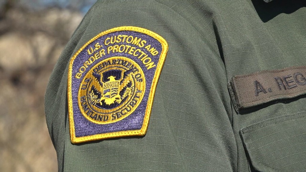 Border Patrol says Texas crash killing 7 resulted from human smuggling attempt
