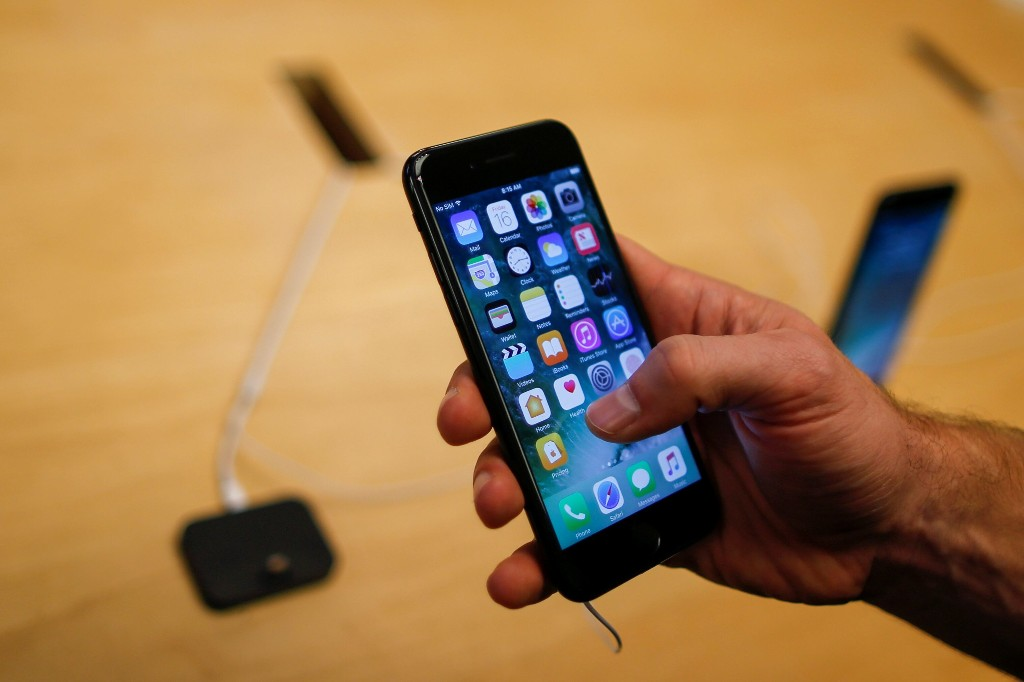 Apps crash more on iPhone than Android: Report
