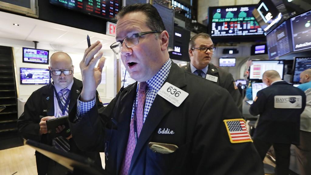 Stocks slump amid coronavirus warnings from big tech, big oil