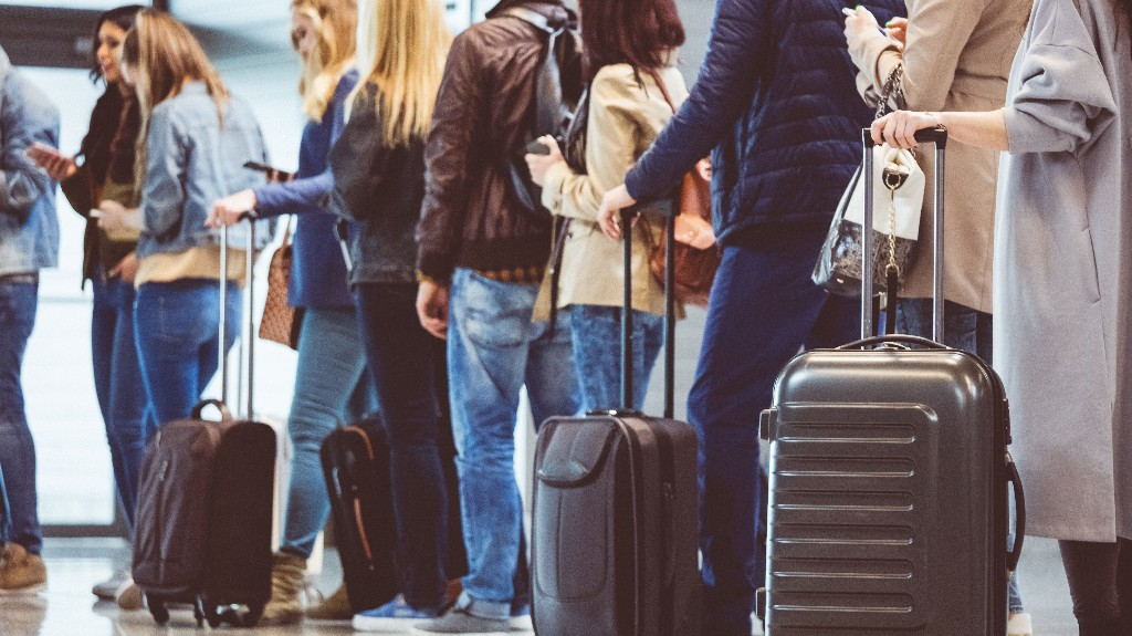 Americans ready to travel after coronavirus lockdowns lift, survey finds