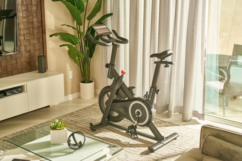 Amazon teams up with Echelon to launch sub-$500 Peloton competitor