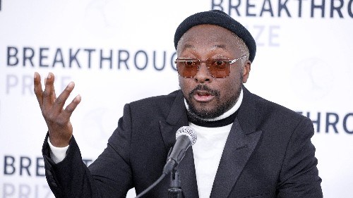 Singer will.i.am calls flight attendant 'racist' after incident onboard