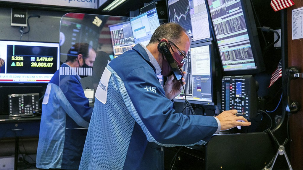 Stock futures mixed to end week