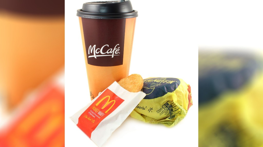 McDonald's customer buys breakfast for strangers, unaware of how heartbreaking their meal was