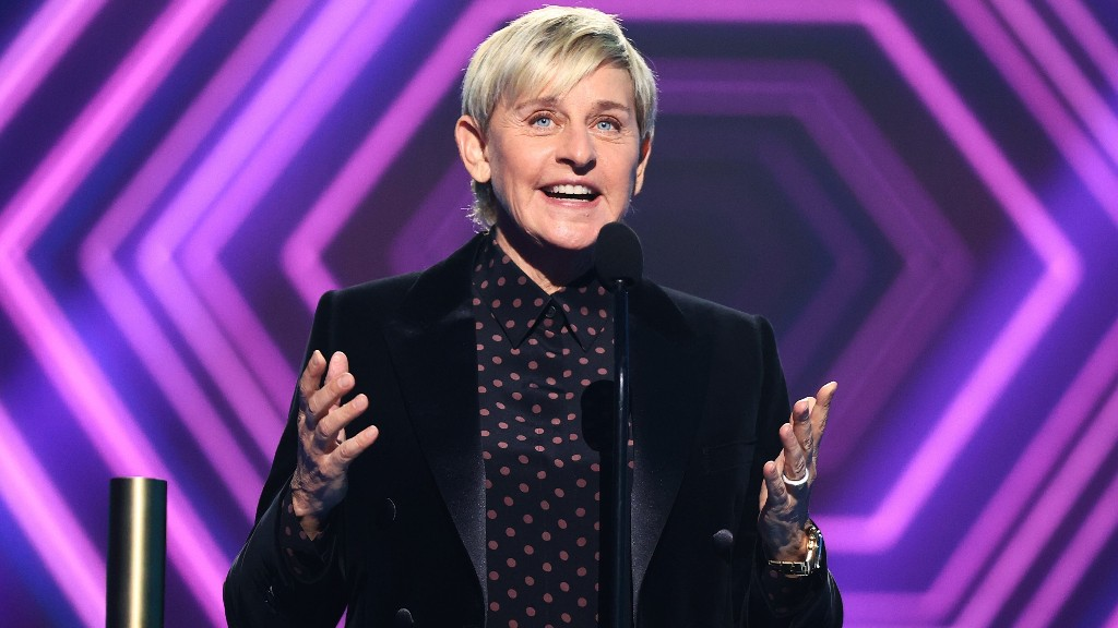 Ellen DeGeneres critics puzzled after she thanks staff for People's Choice Award win