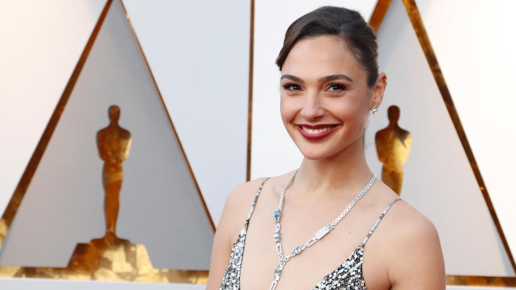Gal Gadot slammed over tribute to Stephen Hawking: 'Now you're free of any physical constraints'