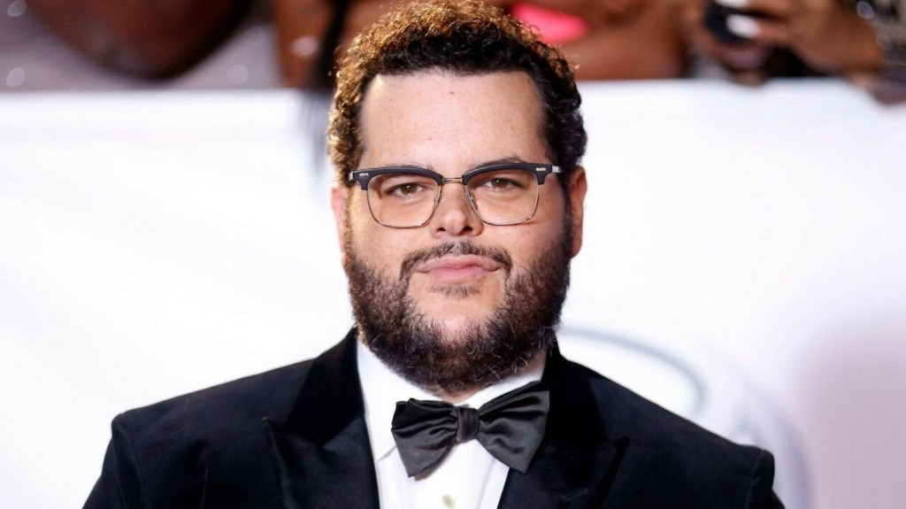 Josh Gad says America has 'shown itself to be dangerously racist' in 2020 election