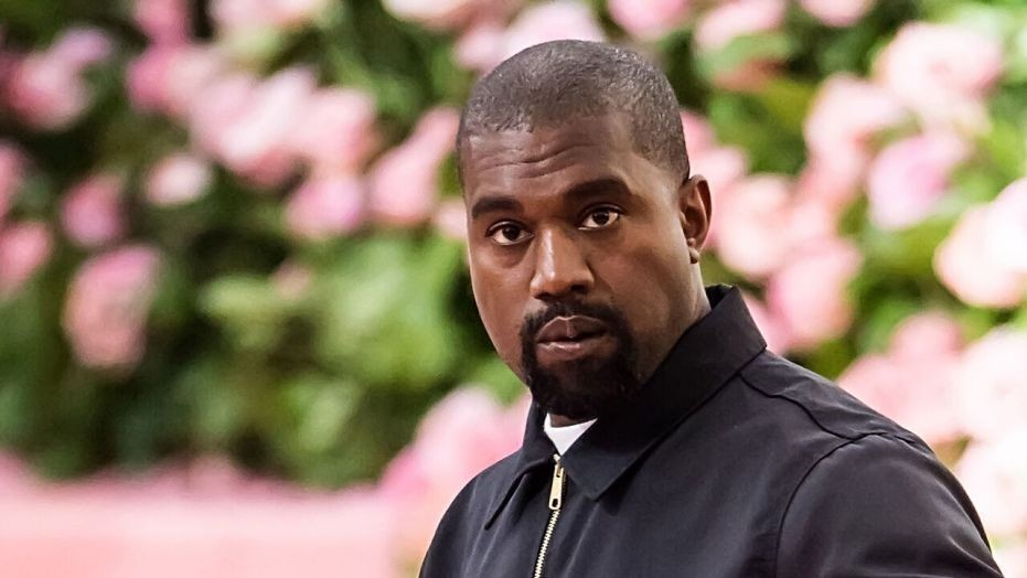 "Kanye West tells Joe Rogan that he was inspired by God to be the ""leader of the free world"""