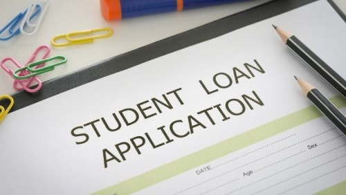 Can I Deduct My Student Loan Interest?