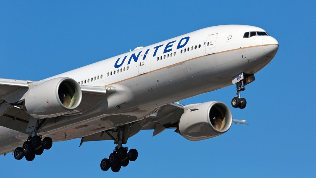 United Airlines to resume flights between US, China in July