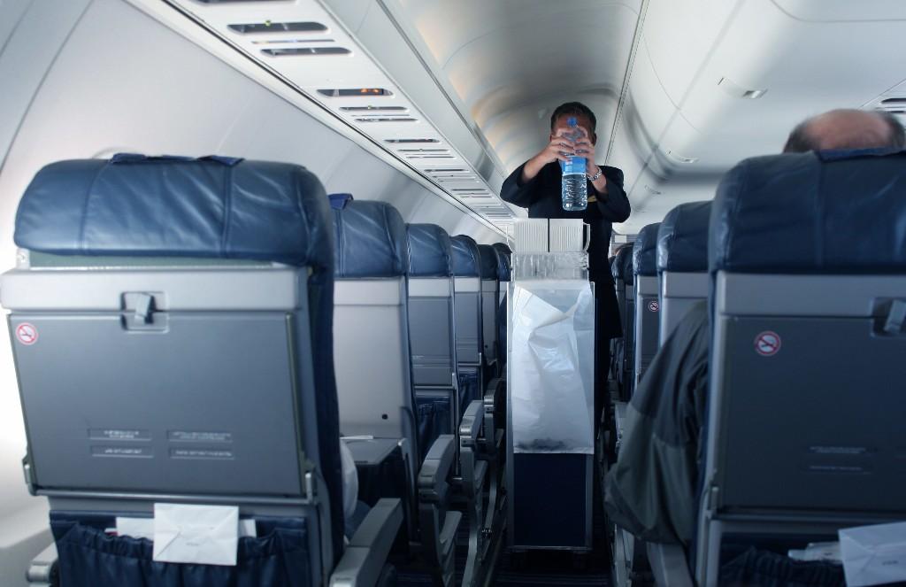 Passenger calls flight attendant 'glorified maid,' 'mask nazi,' in derogatory note