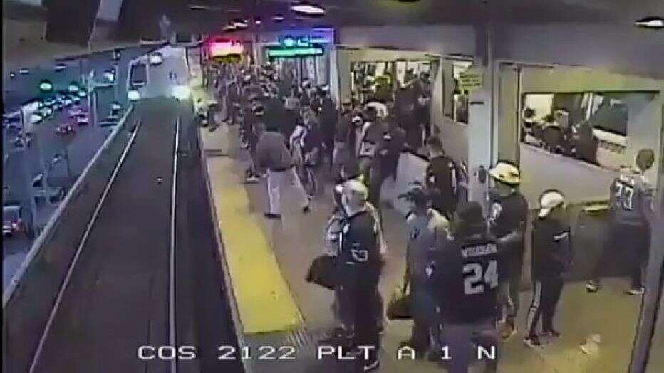 BART supervisor hailed a hero after pulling man from oncoming train at station