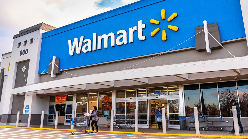 Walmart adding 'pop-up' centers for online holiday sales