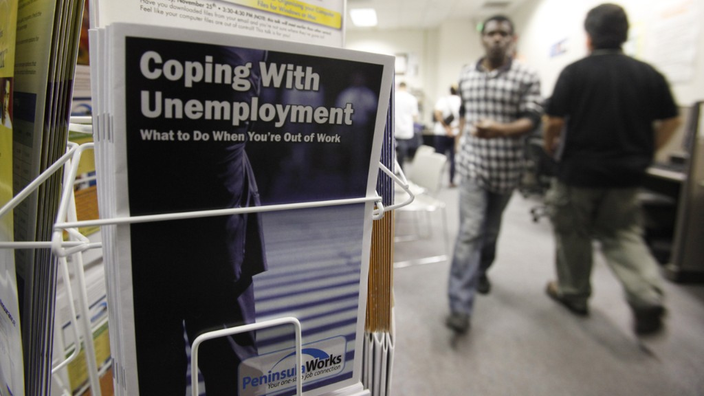 Another 742,000 Americans filed for jobless benefits amid coronavirus surge
