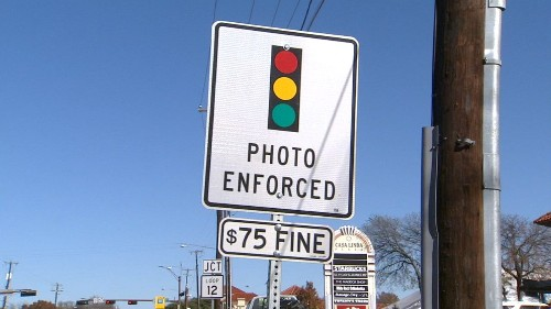 Red light cameras banned in Texas