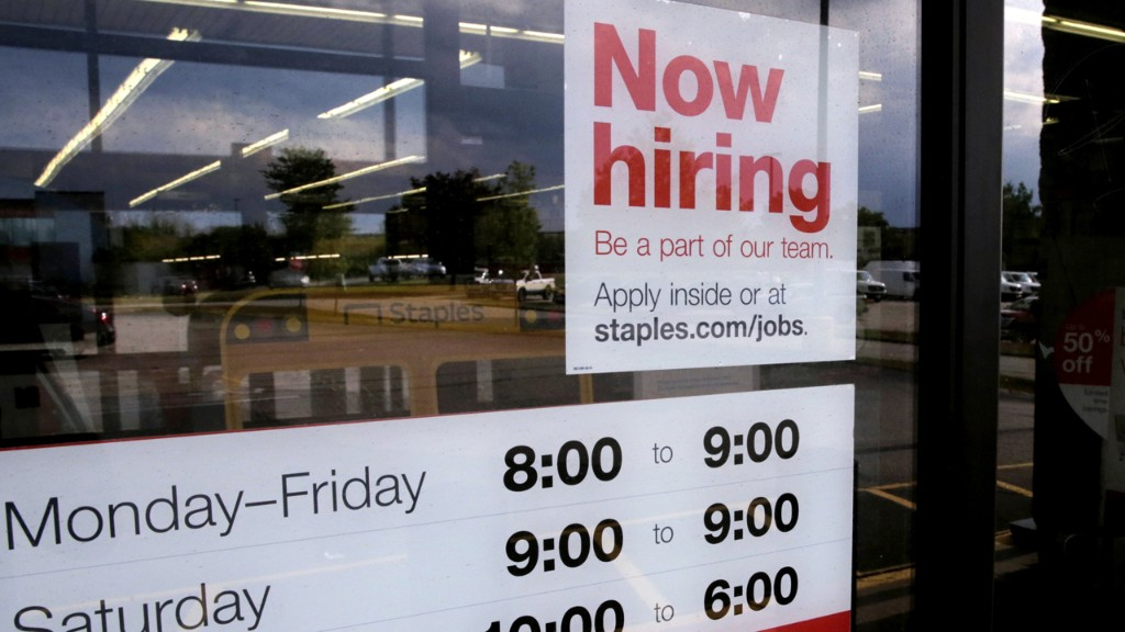 Where are the jobs? These sectors saw the best, and worst, growth in August