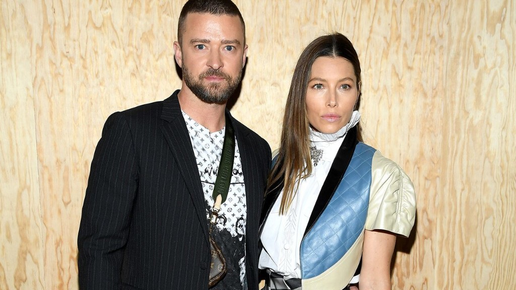 Justin Timberlake in Jessica Biel's doghouse after hand-holding incident, talk show host says