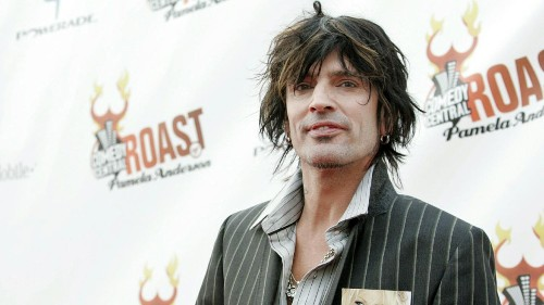 Tommy Lee allegedly assaulted by 21-year-old son over Pamela Anderson tweets