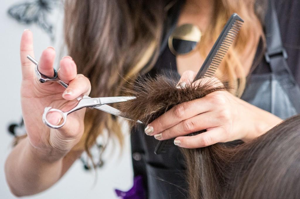 Hair salon linked to coronavirus cases in this Wyoming city
