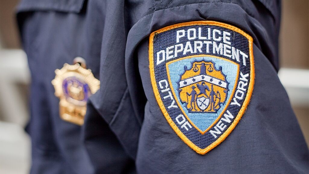 1K NYPD officers dispatched in NYC to enforce social distancing