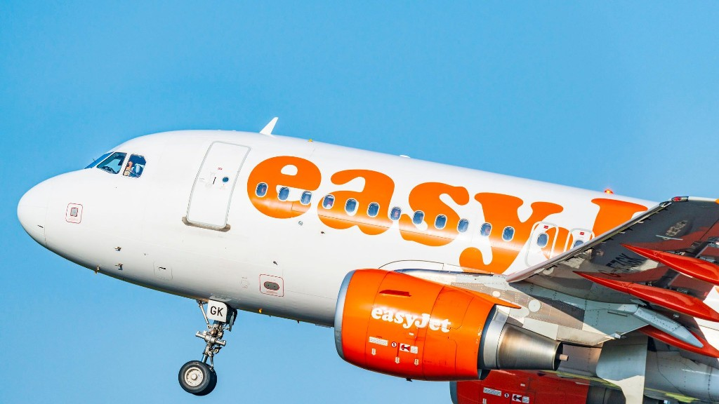 Easyjet passenger allegedly slapped by wife following anti-mask rant on flight